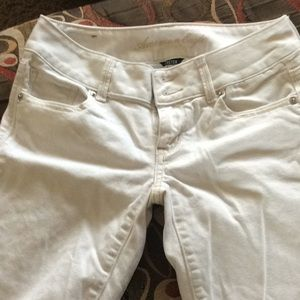 American Eagle like new jeans